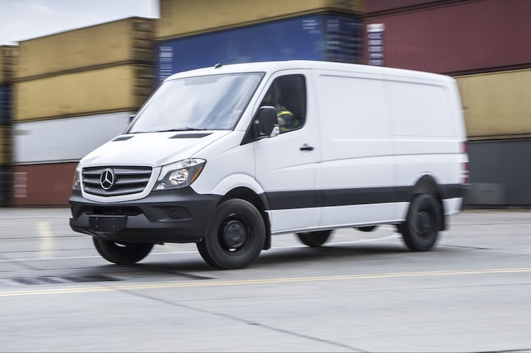 Low-Cost Mercedes-Benz Sprinter Worker Brings Fight to Ford Transit