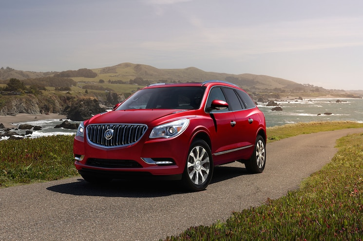 2017 Buick Enclave Sport Touring Sends Out Current Model in Style