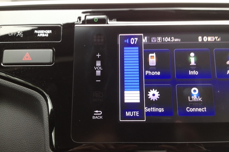 2015 Honda Fit EX Volume Control