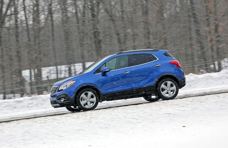 2015 Buick Encore Awd Snow Driving 001