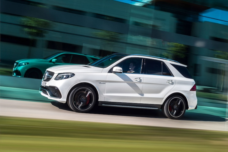 2016 Mercedes Benz GLE63 AMG S Side In Motion 02