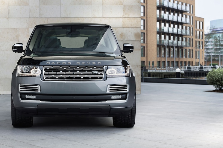 2016 Land Rover Range Rover SVAutobiography Front