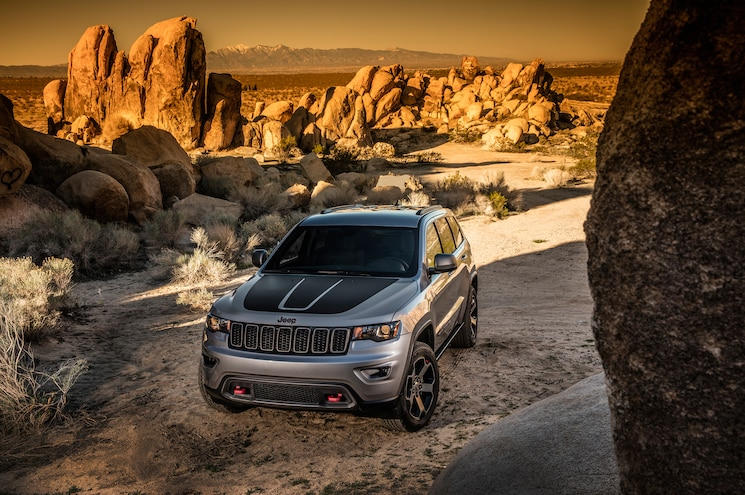 2017 Jeep Grand Cherokee Trailhawk Front End 03