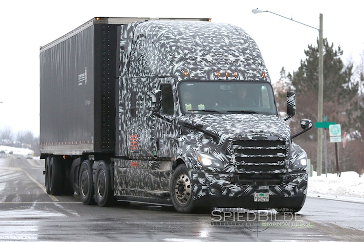SPIED: New Freightliner Cascadia Gets SuperTruck-Like Improvements