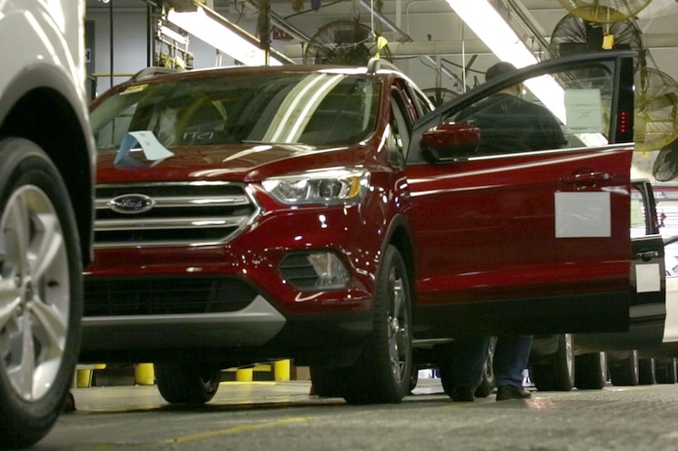 2017 Ford Escape Starts Production in Louisville, In Dealers May