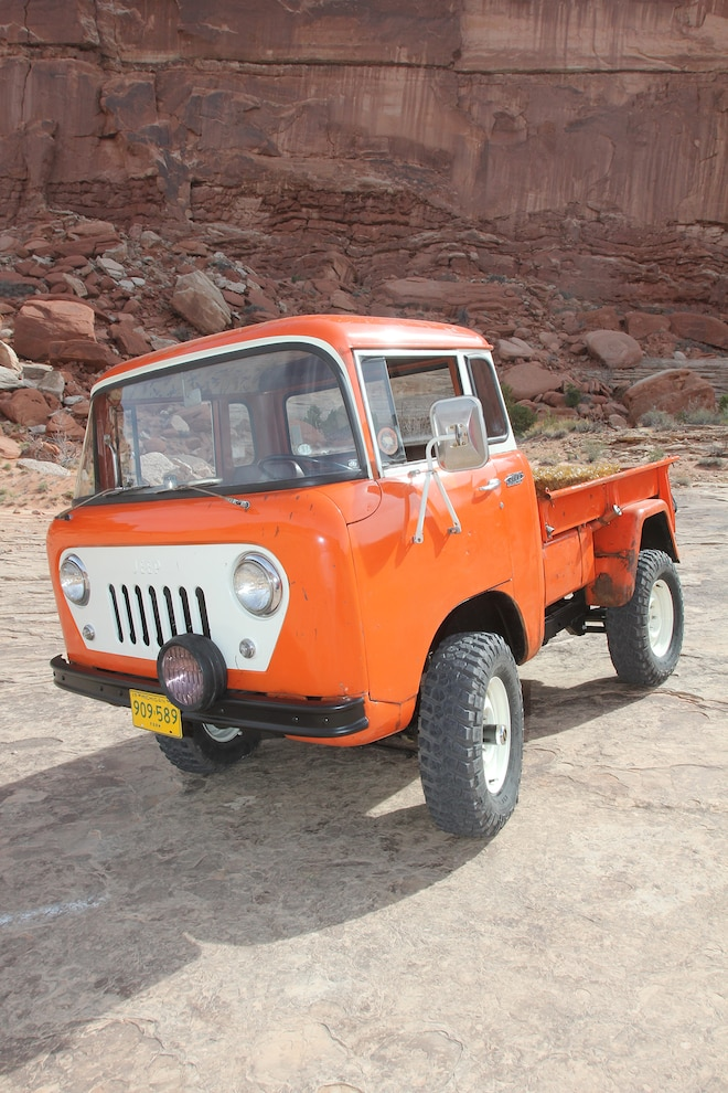 Jeep Forward Control Resto Mod  1