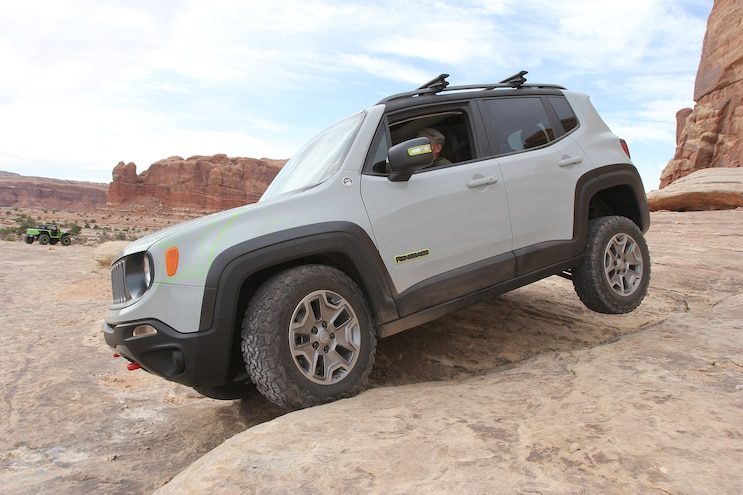 Modded Jeep Renegade Commander Concept From Moab EJS 2016 Day 3: Exclusive photos, video, opinions