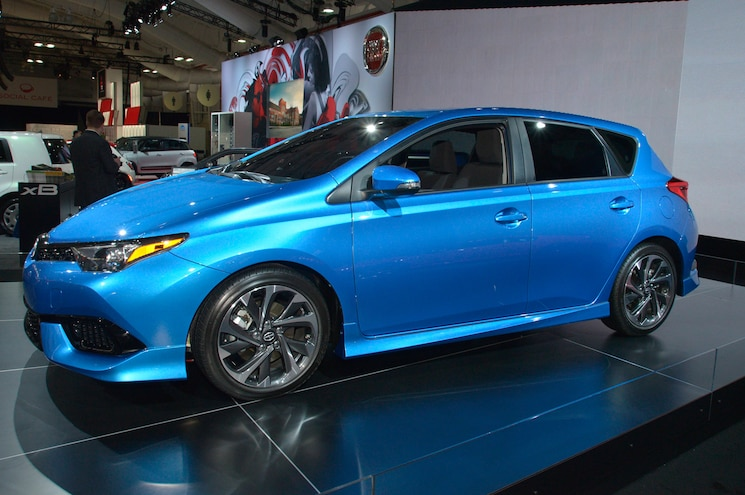 2016 Scion iM First Look