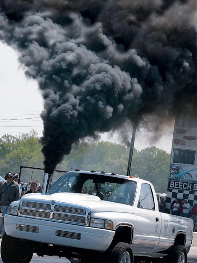 2002 Dodge Ram Cummins smoke