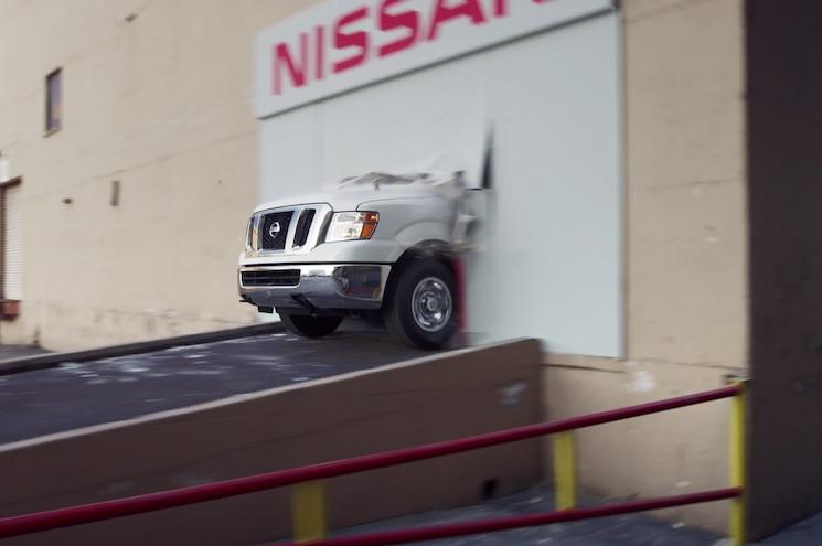 2016 Nissan Nv3500 Drift Van Wall Crash 01