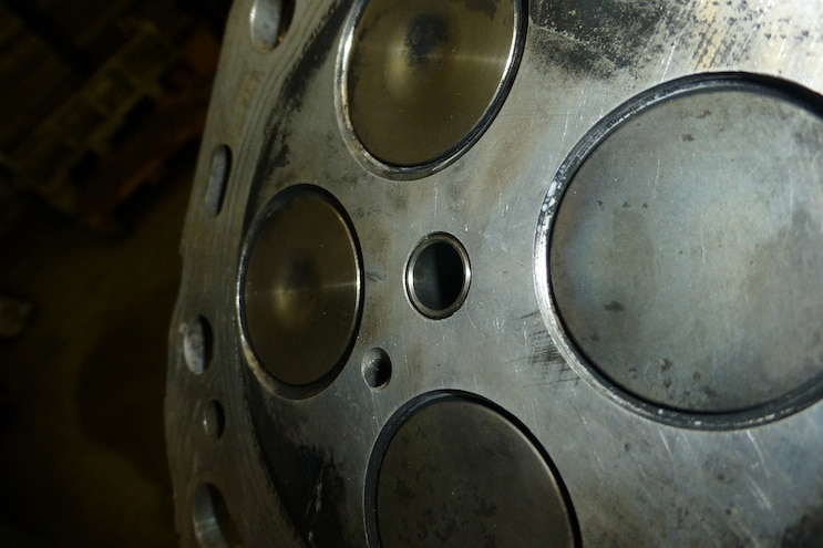 014 Bottom Inner Seal Hole After Bore Brush