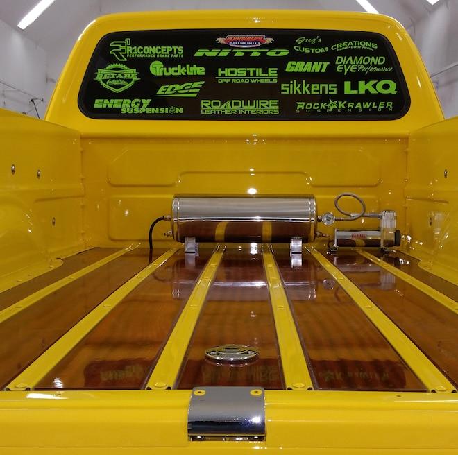 002 1971 Dodge W300 Power Wagon