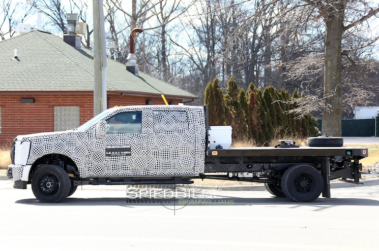 2017 Ford F Series Super Duty Chassis Cab Side View