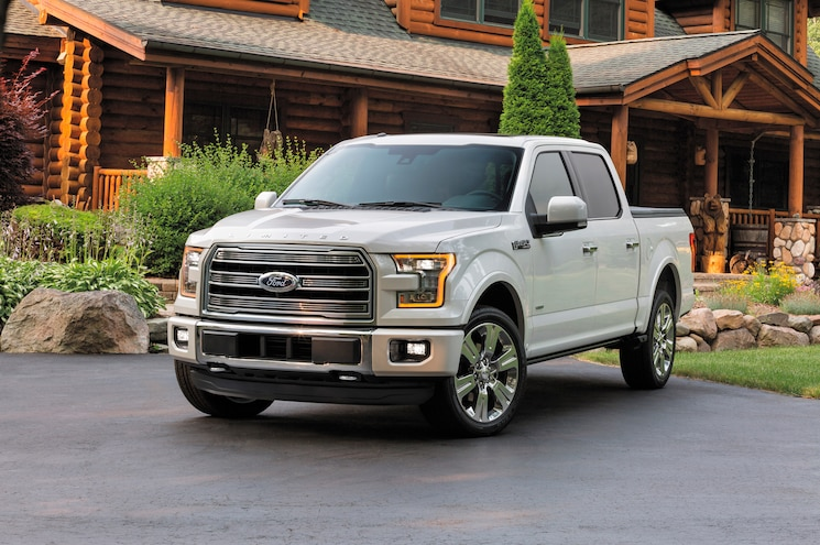 2016 Ford F 150 Limited Front Three Quarters 02