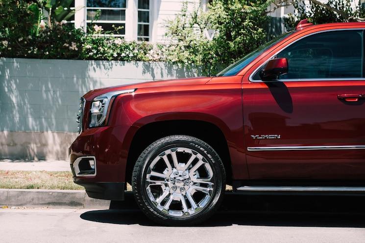 2016 GMC Yukon SLT Premium Edition Front Wheels