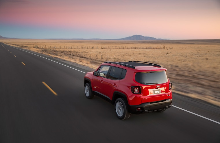 2015 Jeep Renegade Driving