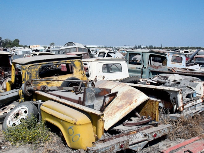 Finding Used Truck Parts At Junk Yards