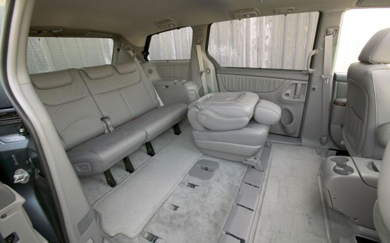 2009 Toyota Sienna First Look Truck