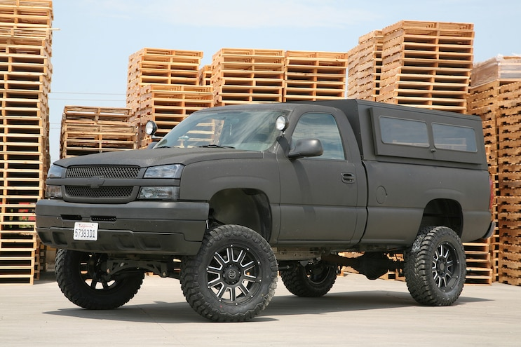 Installing a BDS Suspension 6-inch lift kit on a 2004 Chevy Silverado 2500