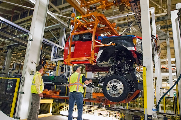 002 Auto News Four Wheeler Ford Livonia Transmission Plant Ohio Assembly Plant F150 Raptor Ten Speed Transmission