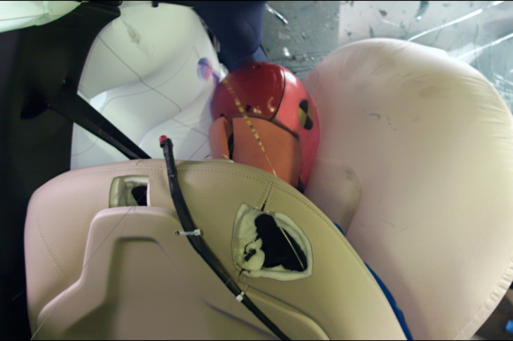 2016 BMW X1 IIHS Testing Driver Airbags Deployed
