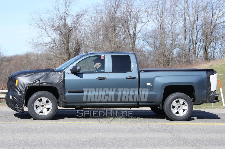 2017 Chevrolet Silverado 1500 Double Cab Side View
