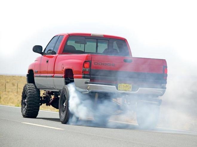 1999 Dodge Ram 2500 Cummins rear Burnout