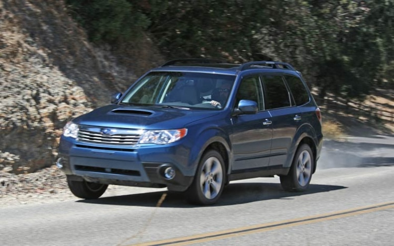 2009 Subaru Forester front View