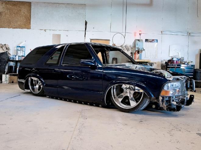 2002 chevy blazer xtreme custom trucks busted knuckles sport truck magazine truck trend
