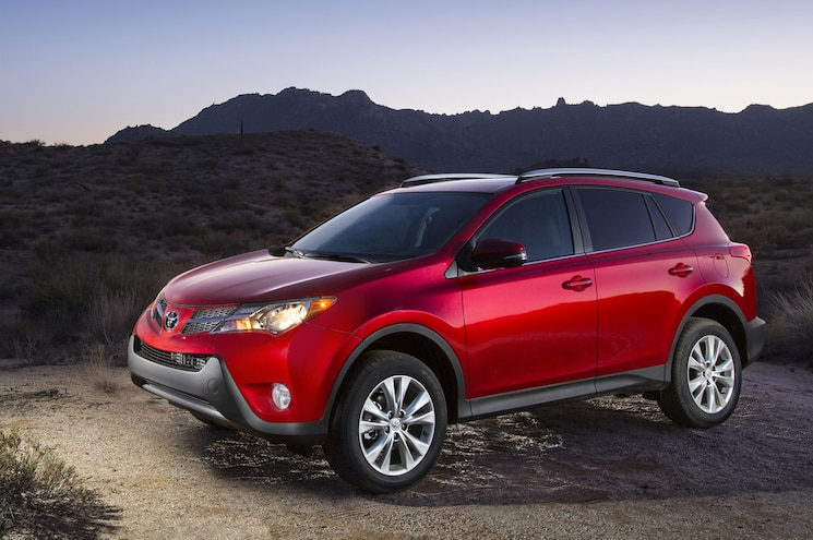 2015 Year-End SUV Sales –CR-V Tops Yearly Total, Explorer Takes Midsize Crown