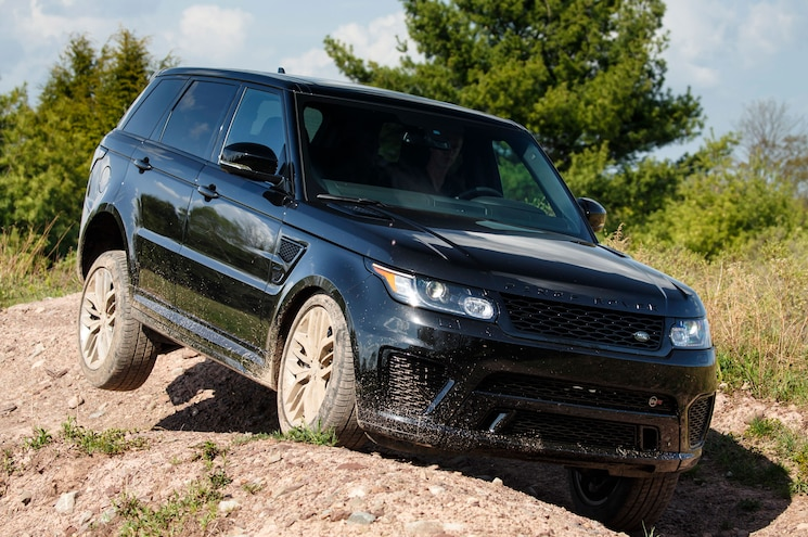 Land Rover Reportedly Working on SVX Sub-Brand