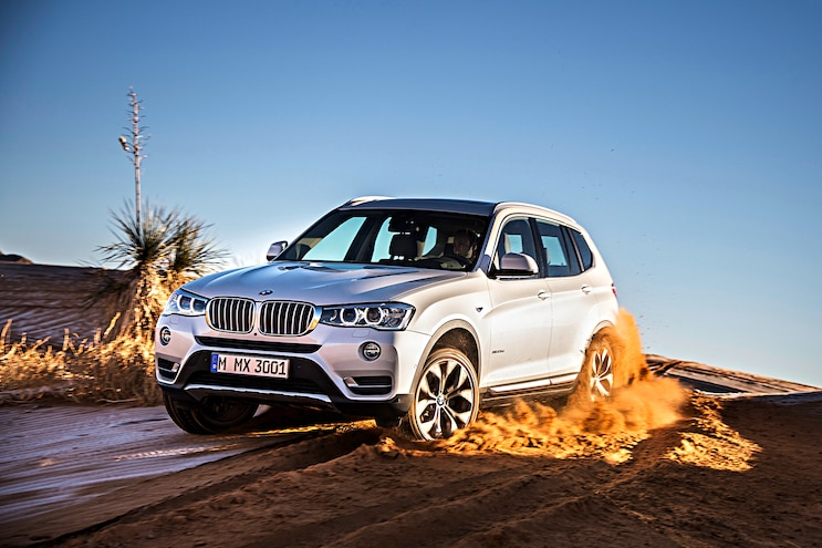 2016 BMW X3 Front Driver Side Motion