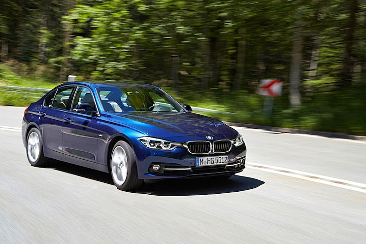 2016 BMW 3 Series Front Passenger Side Motion 340i Pictured