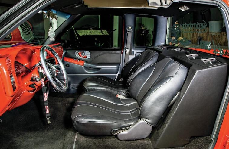 2000 Chevrolet S 10 Interior