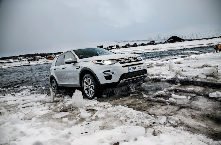 2015 Land Rover Discovery Sport Exiting Water