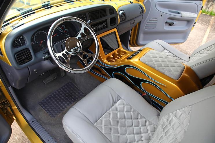 2000 Dodge Ram 1500 Truck Interior