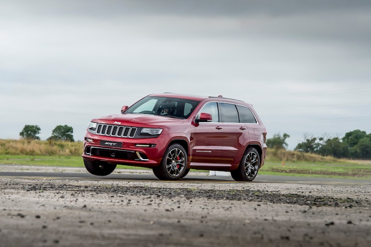 2017 Jeep Grand Cherokee Front Quarter