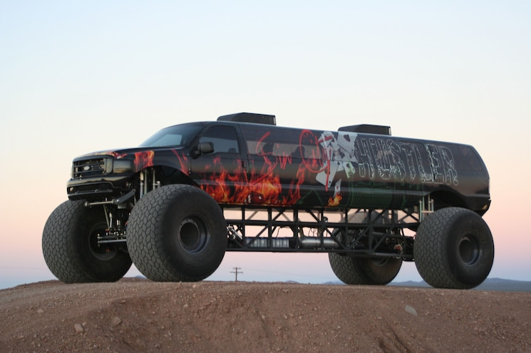 NEW VIDEO - Sin City Hustler Combines Excursion Limo, Monster Truck