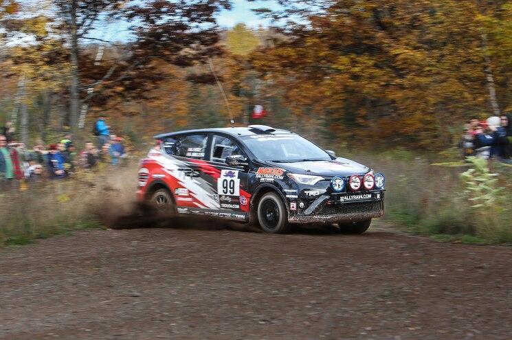 2016 Toyota Rav4 Rally Front Action
