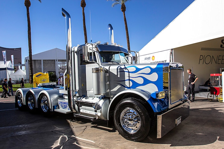 Trucks Of The 2016 Sema Show Super Rigs Best Of Show