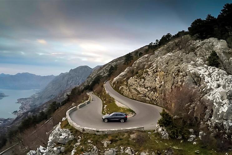 006 2017 Jaguar Fpace First Drive