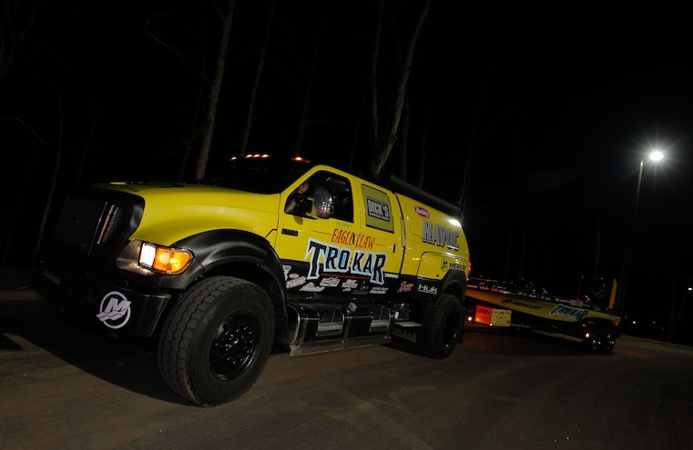 2008 Ford F 650 Towing Boat