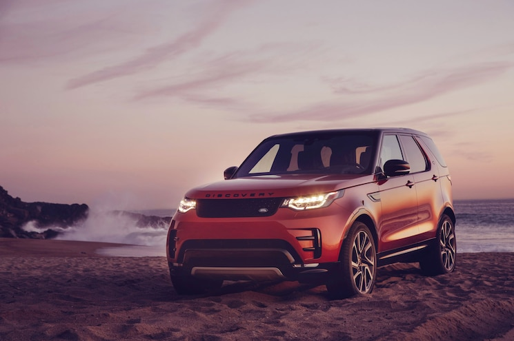2018 Land Rover Discovery Dynamic 01