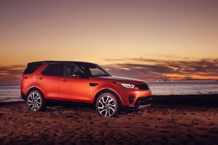 2018 Land Rover Discovery Dynamic 02