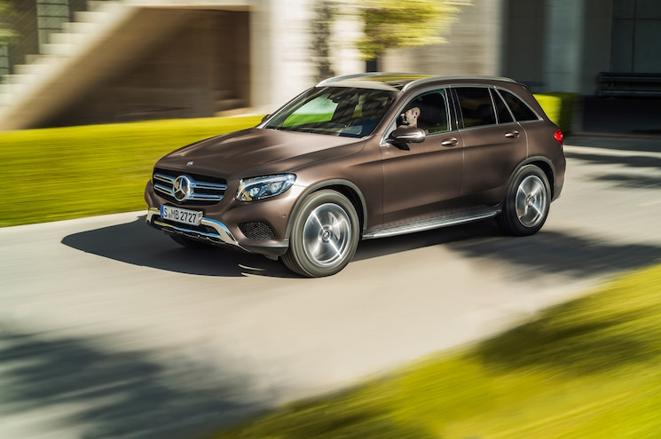 2016 Mercedes Benz GLC Class 4Matic  Front Three Quarter In Motion