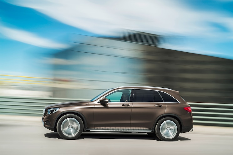 2016 Mercedes Benz GLC Class 4Matic Side In Motion