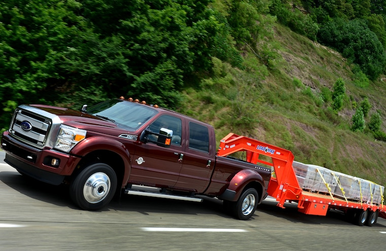 2015 Ford F 450 Side View 312000 Pound Tow Rating