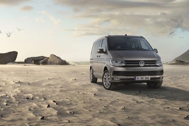 2016 Volkswagen T6 California Exterior Front Quarter Desert