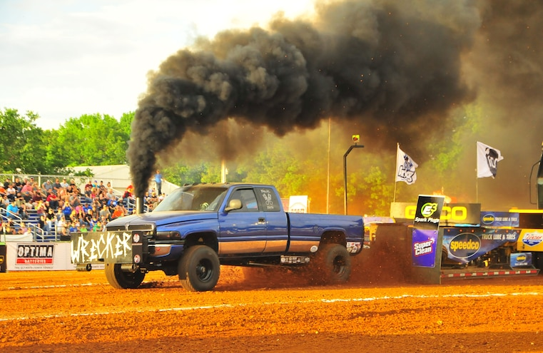 2015 TS Performance Outlaw Diesel Drag Race and Sled Pull