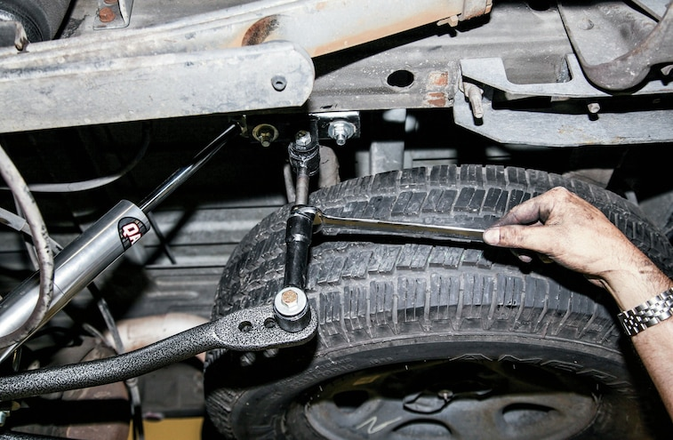 Sway Bar End Link Install